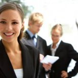 Кои козметични трикове да не ползваш на работното място