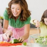 Как да научим децата да харесат зеленчуците