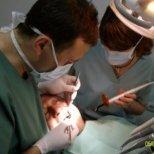 Лечение на кървящи венци