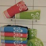 Изберете хубави халати и хавлии за банята