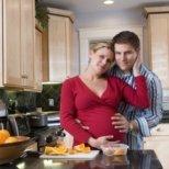 Опасен ли е сексът по време на бременност