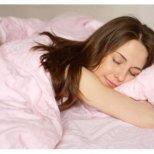 Положението на тялото при сън издава характера