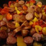 Какво да сготвим набързо за вечеря с колбаси