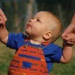 Съвети за прохождане на бебе