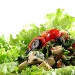Какво да ядем при подут корем