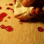 Полезни съвети, как да отстраним някои упорити петна в дома ни