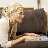 Изневяра ли са задявките в Интернет