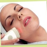 8 Ефектни начини за почистване на кожата