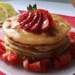 Рецепти за вкусни палачинки за събота сутрин