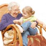 Защо не бива бабите да се месят във възпитанието на децата ни