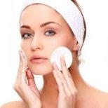 Как да се справим с с мазната кожа