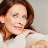 Какви са симптомите при настъпване на менопаузата при жените