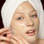 Как да се грижим за кожата с разширени пори на лицето