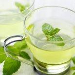 Кои са лечебните чайове за студeното време