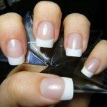 Какво да правим, ако имаме чупливи нокти