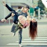 Покажете какво чувствате не само чрез думи, или целувки