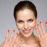 Какво издават формата на ноктите ви