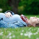 Какво се случва през третия месец от бременността