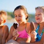 Как да предпазим децата си от силното слънце