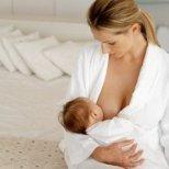 Докога да кърмим бебето през нощта