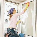 Как да почистваме дома си с изпитани средства от времето на майките ни