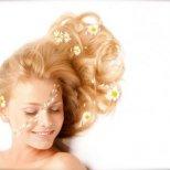 Как да освежите цвета на косата си с натурални средства