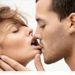 Какво мислите за целувката на първа среща
