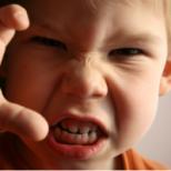 Как да се справим с детската агресия