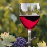 Маски за лице с вино за студеното време