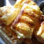 Бутер банички с гъби и топено сирене