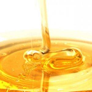 Мед за красива кожа