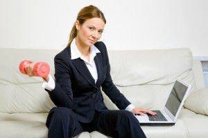 Гимнастика на работното място без да прекъсвате работа