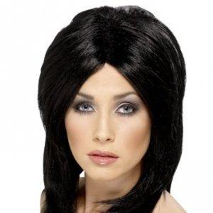 Черната коса изисква правилни грижи за косата.