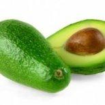 Авокадото връща младостта на кожата