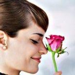 Кой е хормонът на любовта и как да се сдобием с него