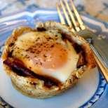Мъфини-кошнички с яйца и бекон
