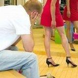 Защо мъжете не обичат да пазаруват с жените