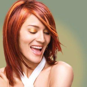 Правилно третиране на боядисана коса с маски