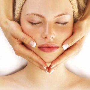 Защо трябва да си правим редовно масаж на лицето