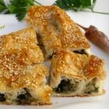 Пролетно вдъхновение от турската кухня - лесен бюрек със спанак и картофи