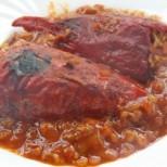 Пълнени чушчици в доматен сос - чудна гозба за всеки вкус!