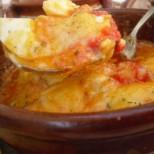Леле-мале, колко са вкусни: Бързи яйца в сосче под капак