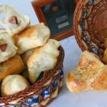 Млечни кифлички с мак и солена плънка - оригинални на вид и чуднички на вкус