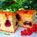 Вълшебно ароматен и магически лесен: Сладкиш с вишни