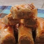 Престъпно сладка и вкусна локумена баклава с орехчета - няма как да не се влюбите в нея!