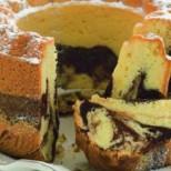 Чували ли сте за Бабовка? Мек и сочен мраморен кекс по чешки - прави се лесно и бързо.