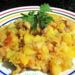 Селска пърженица с картофки и гъбки - чудна вкусотия в чиния за нула време
