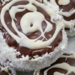 Изненадайте всички с тези вкусни руски капи - невероятни са! Пухкави, кремообразни и много шоколадови! (ВИДЕО)