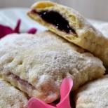Бабини торбички с мармалад - ако още не сте избрали рецепта за великденските сладки, непременно опитайте тази!