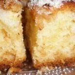Суперски ябълков кекс с кисело мляко - толкова лесен и вкусен, че ще го забърквате с повод и без повод